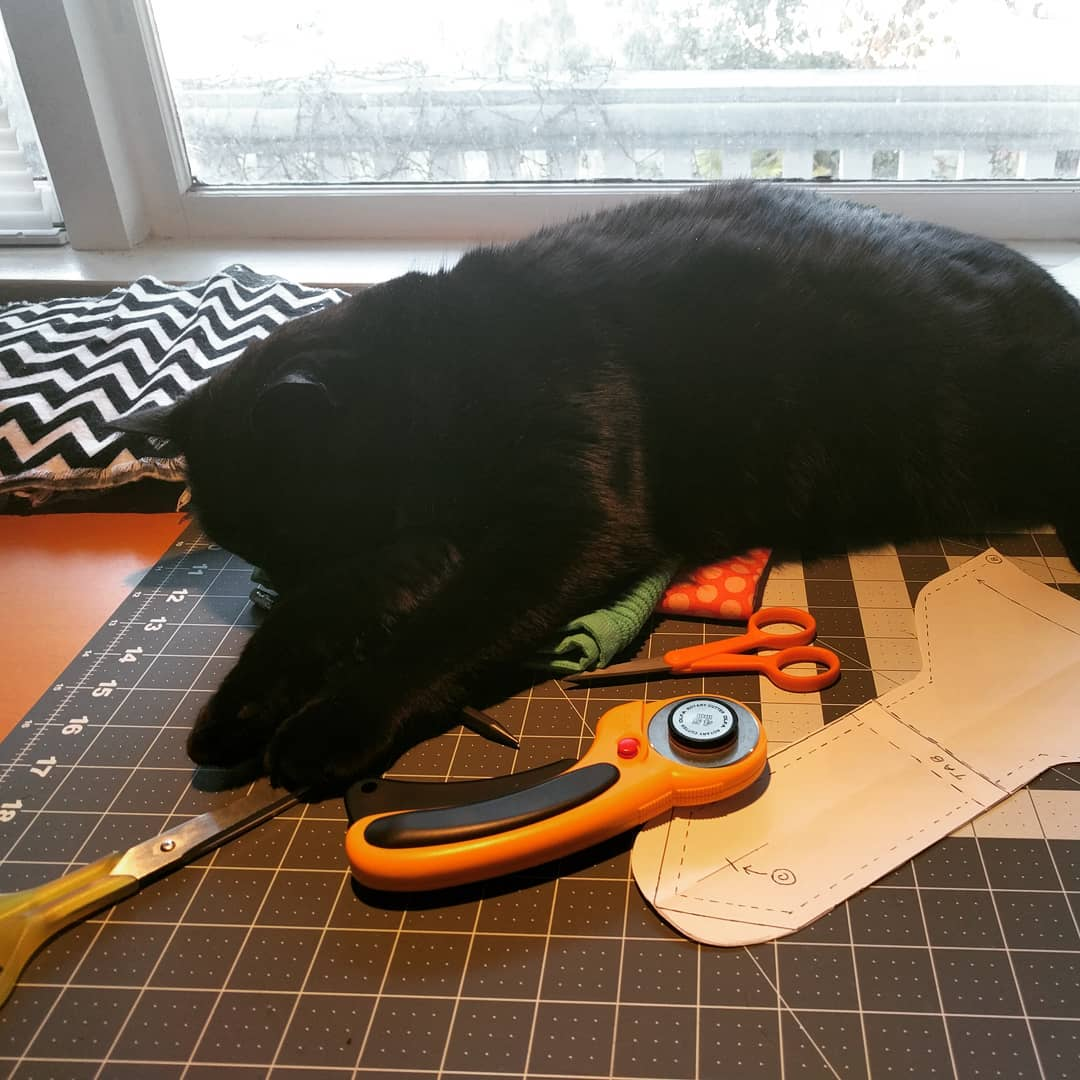 More help from midnightthecat sohelpful catsandcrafts