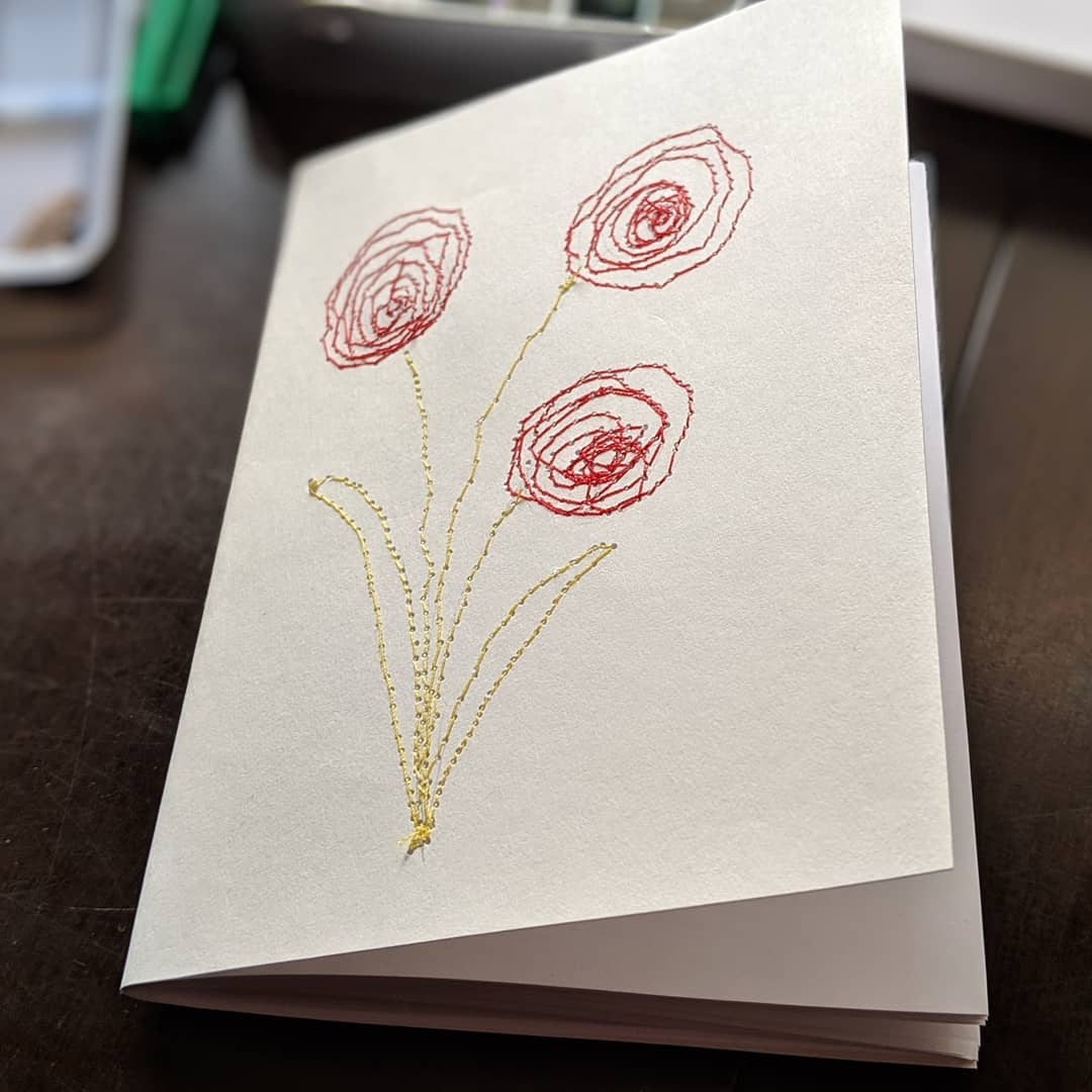 Did a little experiment this morning, drawing with thread! I used the free motion foot that came with my sewing machine for the first time and it was so fun. Can't wait to do more! drawingwiththread drawing illustration yyjarts handmadebook